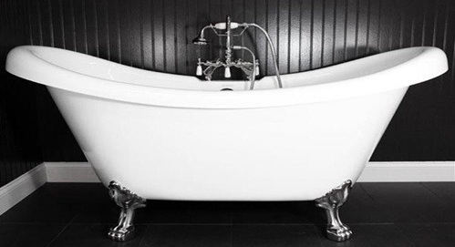 Double slipper clawfoot bath tub